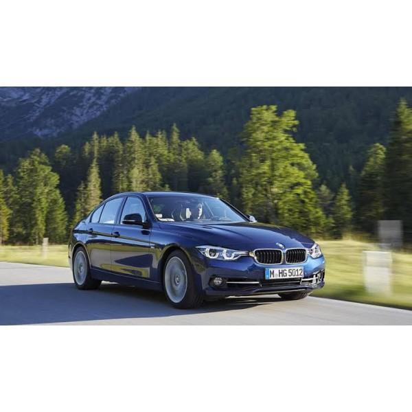 Sucata BMW 328 2017 - Carro Batido para venda de Peças