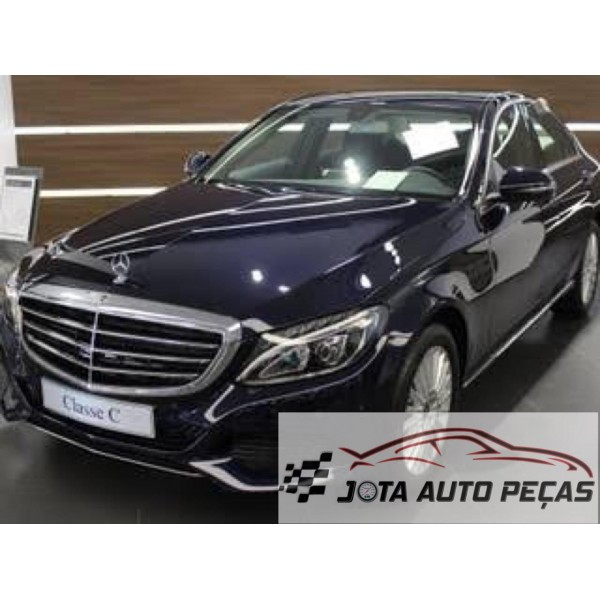 Sucata Mercedes C180 2018 - Carro batido para venda de peças