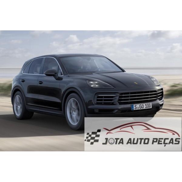 Sucata Porsche Cayenne 2017 - Carro batido para venda de peças