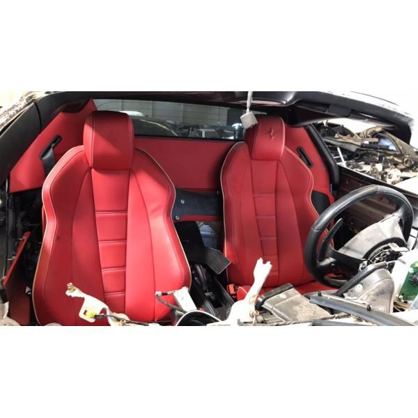 Sucata Ferrari 458 Spider 2013 - Carro batido para venda de peças