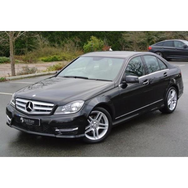 Sucata Mercedes C200  2013 - Carro batido para venda de peças