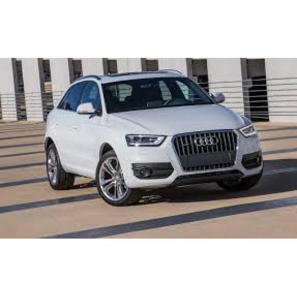 Sucata Audi Q3 2015 - Carro batido para venda de peças